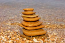 Free Sea Stones Royalty Free Stock Photo - 15932655