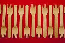 Free Wooden Forks Lined Up Stock Images - 15933554
