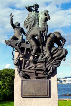 Free Maritime World War II Memorial In Oslo Royalty Free Stock Photo - 15933565