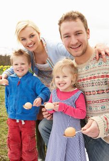 Free Family Having Egg And Spoon Race Stock Photos - 15934933