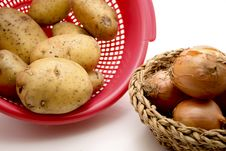 Free Potatoes With Onions Royalty Free Stock Photography - 15937377