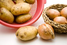 Free Potatoes With Onions Stock Photos - 15937383