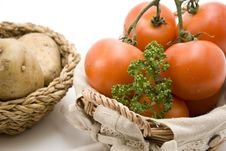 Free Tomatoes And Potatoes Royalty Free Stock Photography - 15937587