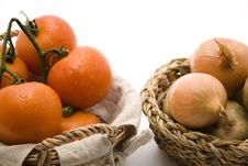 Free Tomatoes With Onions Stock Photography - 15937592