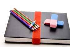 Free Colored Pencils With Book Royalty Free Stock Photography - 15938017