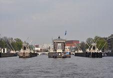 Free Amsterdam Bridges And Sluice Royalty Free Stock Photography - 15939277