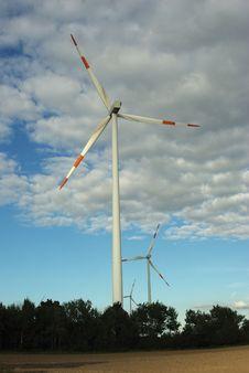 Free Wind Turbine Stock Image - 15939421