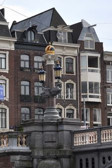 Free Amsterdam Buildings And Bridges Royalty Free Stock Photography - 15941047
