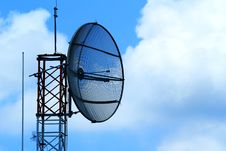 Free Satellite Dish Stock Photography - 15945092