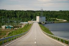 Free Road Via Vanttauskoski Hydroelectric Plant Royalty Free Stock Photo - 15948045