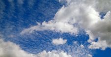Free Blue Sky And Clouds. Stock Photography - 15948072