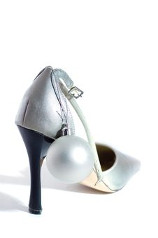 Free Silver Shoes Royalty Free Stock Images - 15948749