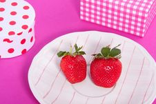 Free Giftboxes And Strawberries Stock Photo - 15949530