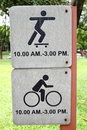 Free Sign Spin Bicycle & Play Stock Photos - 15953573