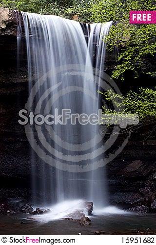 Free Cucumber Falls Stock Photography - 15951682