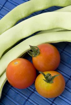 Free Beans And Tomatoes Stock Photography - 15950652