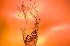 Free Splashing Whisky Royalty Free Stock Images - 15957059