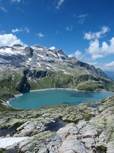 Free Weissee Alpine Lake In The Alps Royalty Free Stock Photo - 15958465