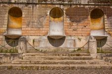 Free Fountain In Rome Stock Photos - 15958903