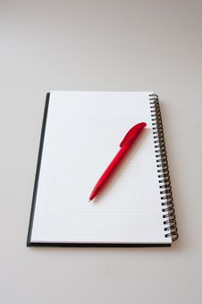Free Notepad With Pen Stock Image - 15960631