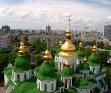 Free Gold Domes Of Saint Sophia Cathedral Royalty Free Stock Photos - 15961818