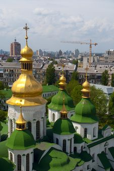 Free Gold Domes Of Saint Sophia Cathedral Royalty Free Stock Photo - 15962165