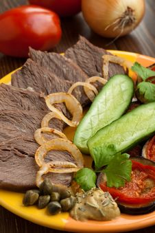 Cold Beef With Vegetables Stock Photography
