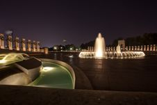 Free World War II Memorial Fountains At Night Royalty Free Stock Images - 15965559