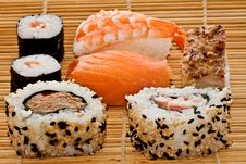 Free Sushi On Bamboo Stock Image - 15968861