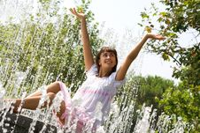 Free Lady In The Streams Of The Fountain Stock Photos - 15973983