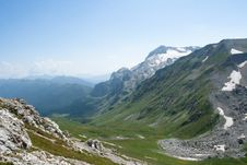 Free Landscape In Mountains Royalty Free Stock Image - 15975766