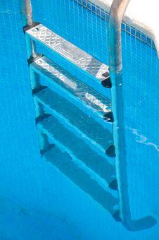 Free Pool Ladder Royalty Free Stock Image - 15976256