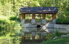 Park Pavilion With Pond Royalty Free Stock Photography