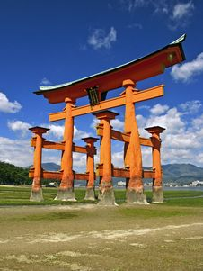 Free Red Torii In Miyajima Stock Images - 15976784