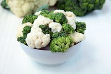 Free Cauliflower And Broccoli Royalty Free Stock Images - 15977319