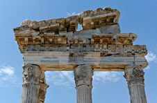Free Antique Ruins In Ephesus Royalty Free Stock Photos - 15977538