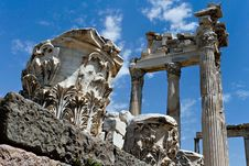 Free Antique Ruins In Ephesus Royalty Free Stock Photography - 15977637