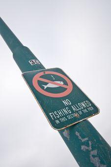 Free No Fishing Royalty Free Stock Photo - 15977735