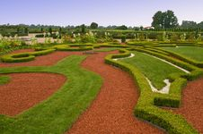 Free Avenue And Bed In Formal Garden Stock Images - 15978144