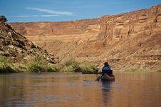 Free Canoe On A Desert River Royalty Free Stock Images - 15982129