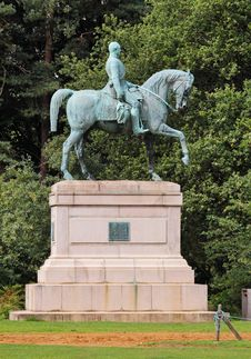 Free Bronze Statue Of Horse And Rider Stock Images - 15986544