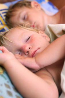 Free Two Sleeping Kids Stock Photos - 15986853