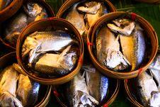 Free Mackerel Fish In Bamboo Basket Stock Images - 15991934