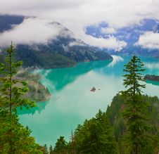 Free Beautiful Turquoise Colored Diablo Lake Royalty Free Stock Photography - 15992787