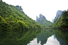 Free Mysterious Zhangjiajie Royalty Free Stock Photos - 15996628