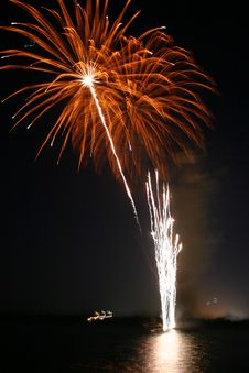 Free Fireworks 2 Royalty Free Stock Photography - 163187