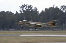 Hawker Hunter Landing