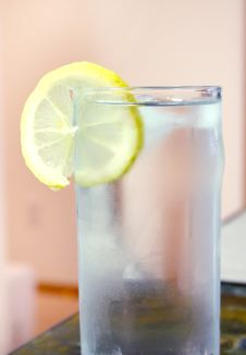Free Glass Of Water Royalty Free Stock Photography - 166477