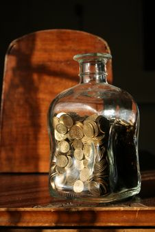 Free Glass Jar With Coins Stock Photography - 169902