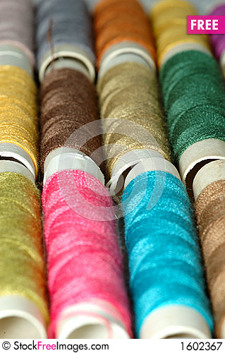 Free Macro Pic: Assorted Colors Reels Of Thread 4 Royalty Free Stock Photography - 1602367